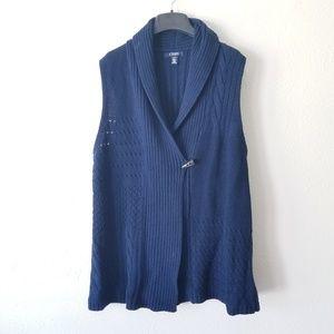 Navy Quilt Knit Double Buttoned Sweater Vest